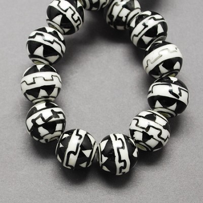 10mm Black White Round Porcelain (5 Beads)